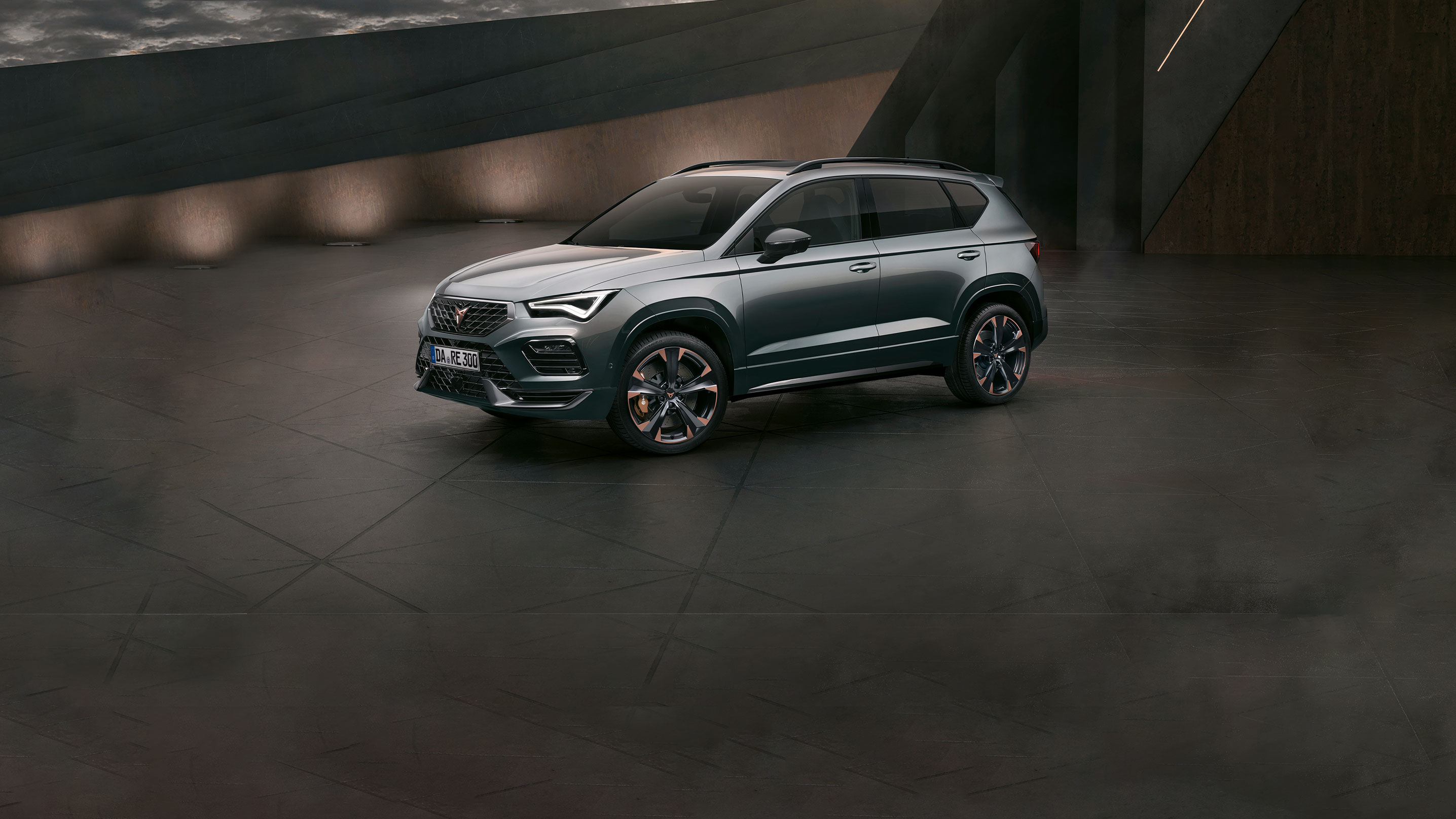 cupra-ateca-2020-engine-300-hp-rodium-grey-colour